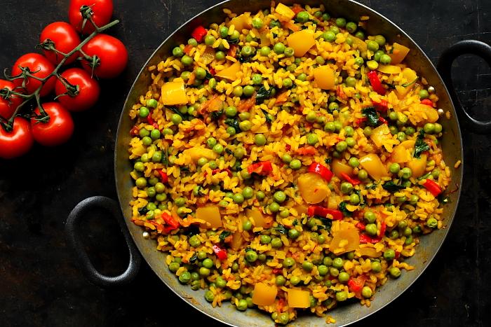 Paella z groszkiem
