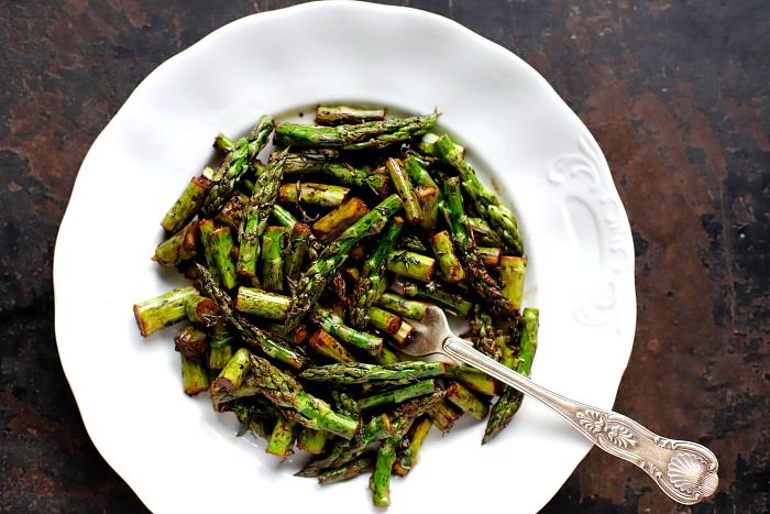 Szparagi w balsamico