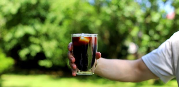 Cold Brew – kawa parzona na zimno, najlepsza na lato