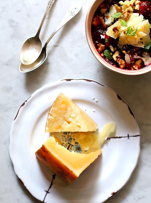 Pieczone śliwki z serem