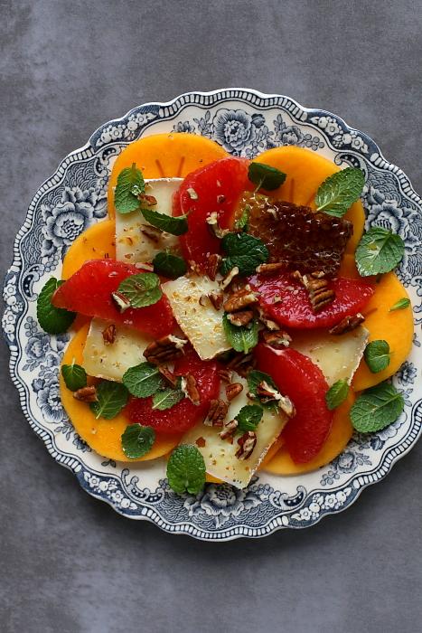 Sałatka z persymoną i grapefruitem