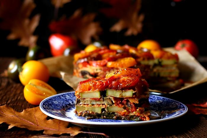 Tort z pieczonych warzyw