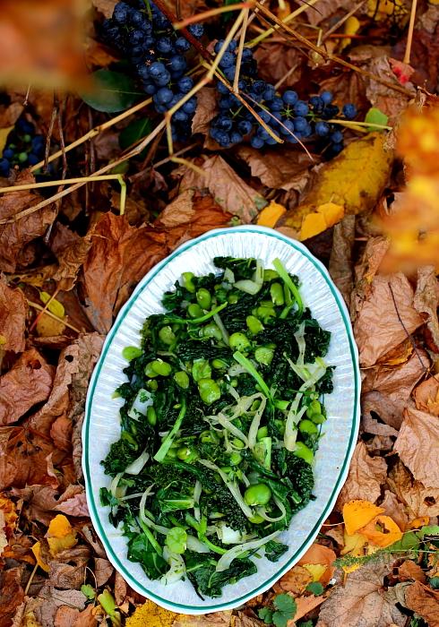 Zielone warzywa z patelni