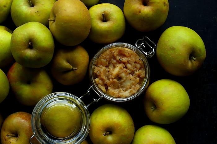 Chutney jabłkowy z szarej renety