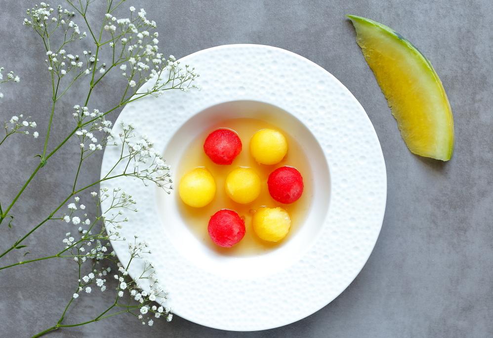 Arbuz w likierze ananasowym