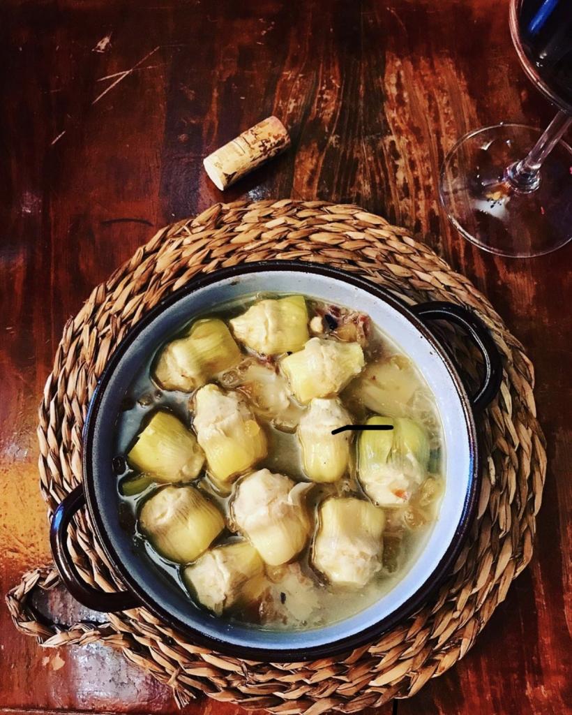 Szparagi w białym winie