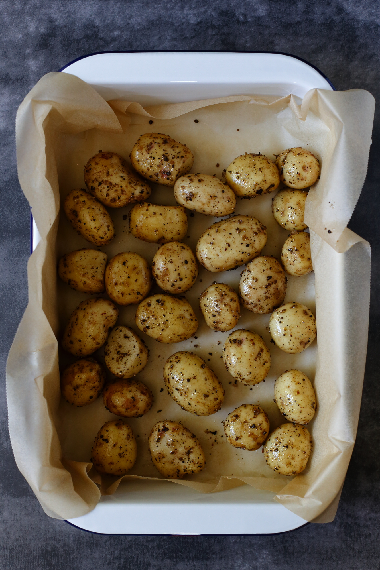 Chrupiące ziemniaki z pieca