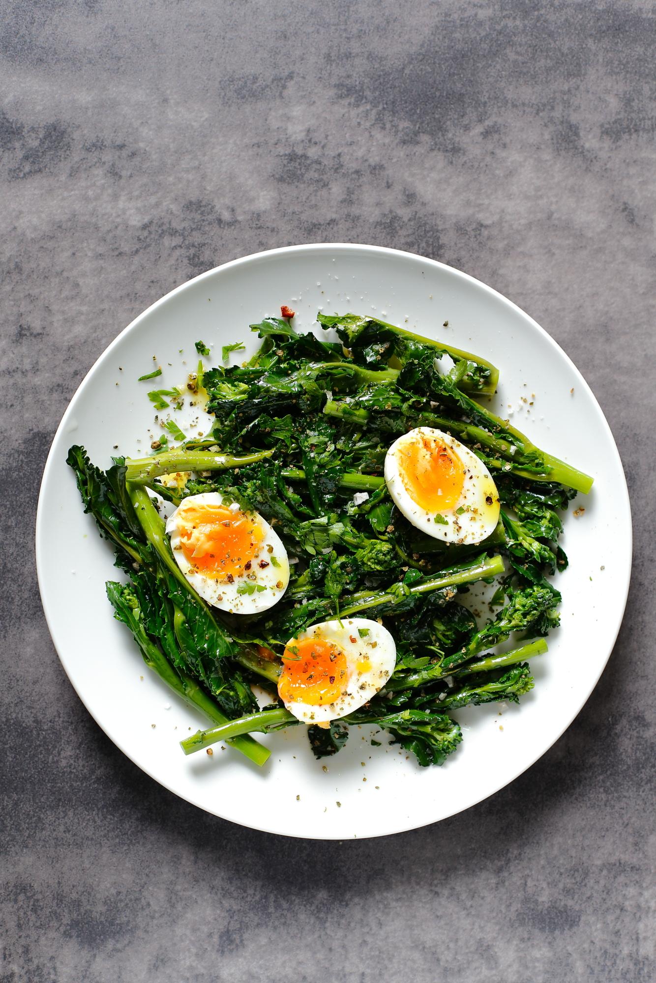 Brokuły z jajkiem