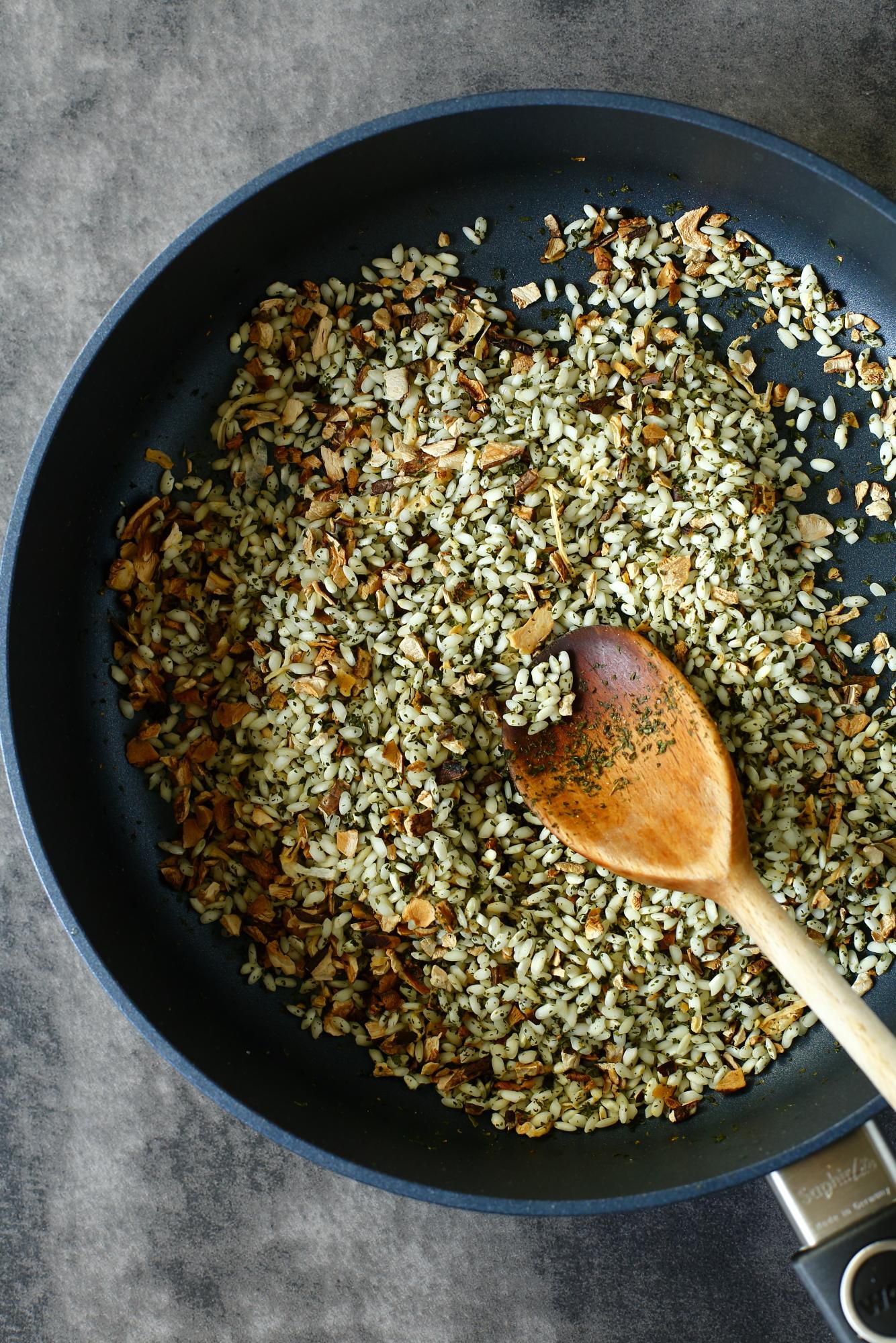 Dynia nadziewana risotto z grzybami
