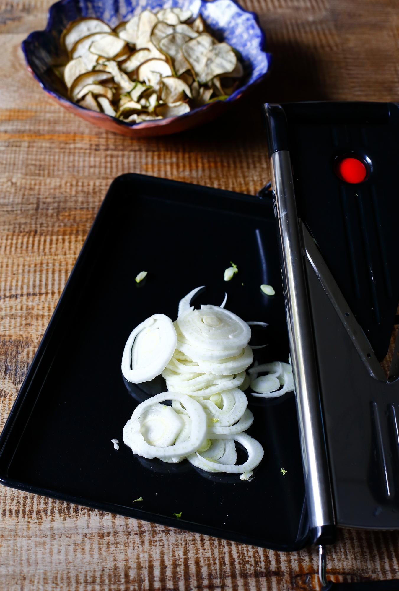 Sałatka z kopru włoskiego i gruszki