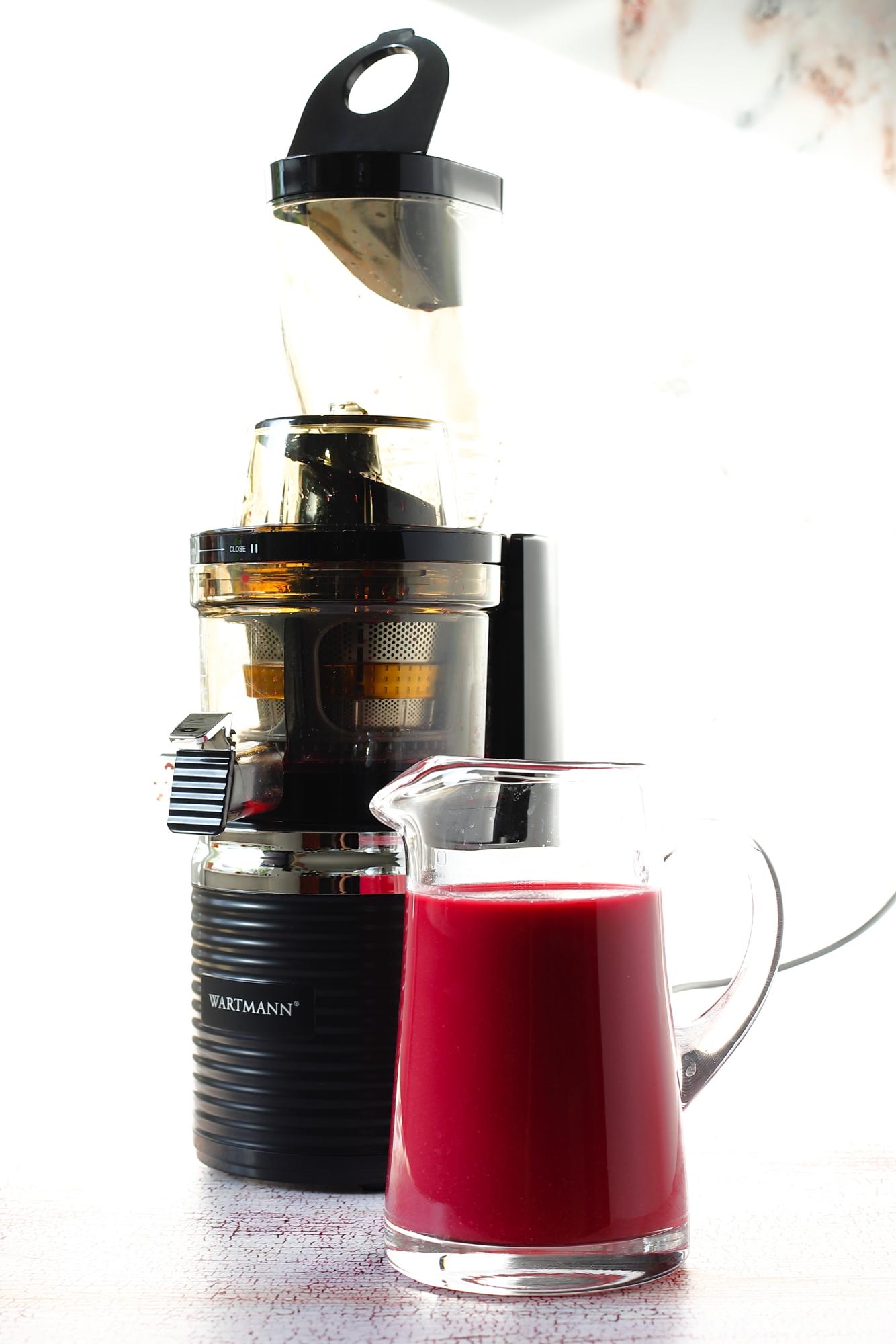 Czerwona kapusta duszona w soku z granatów