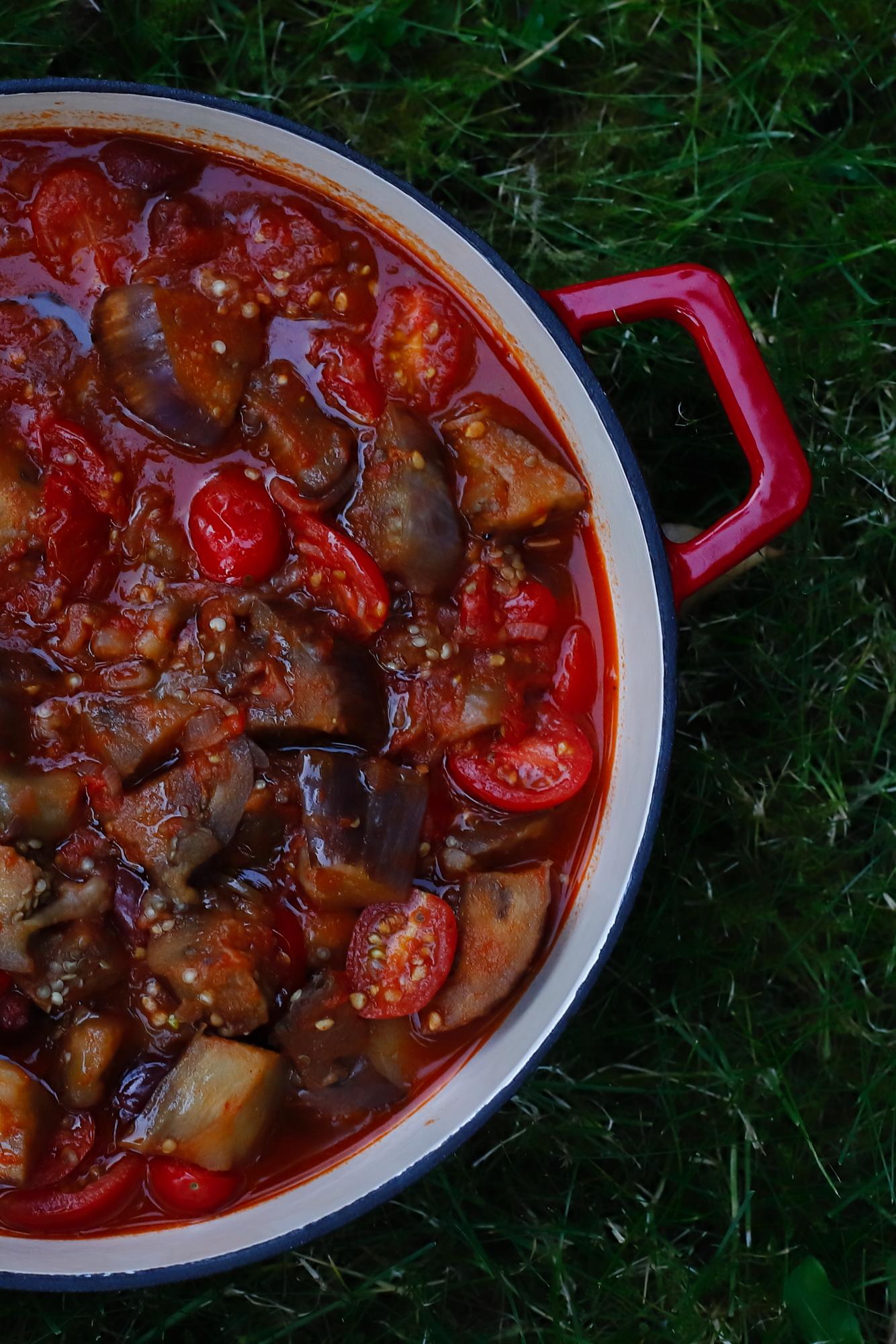 Gulasz z bakłażana i pomidorów
